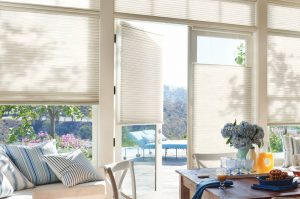 Modern & Flexible honeycomb top down blinds in a Livingroom.